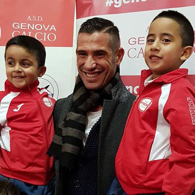 La Genova Calcio festeggia il Natale con Puggioni e gli Insuperabili